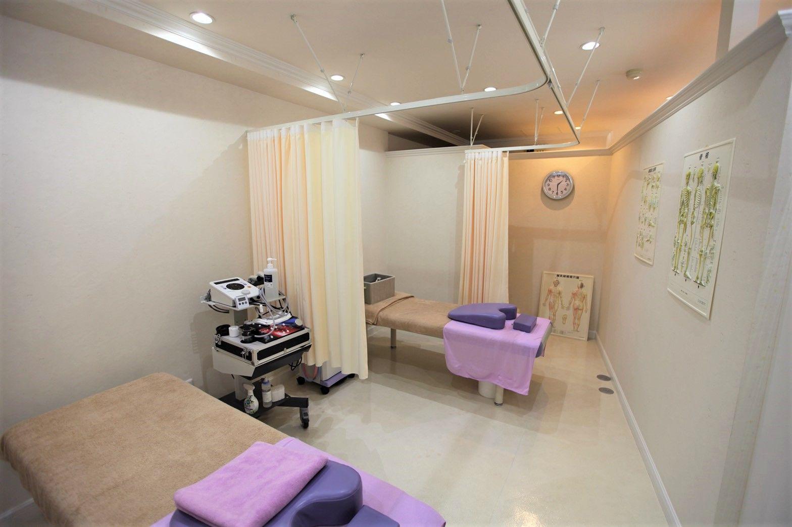 筋膜リリース×骨盤矯正 いずみの治療院の店内・外観画像2