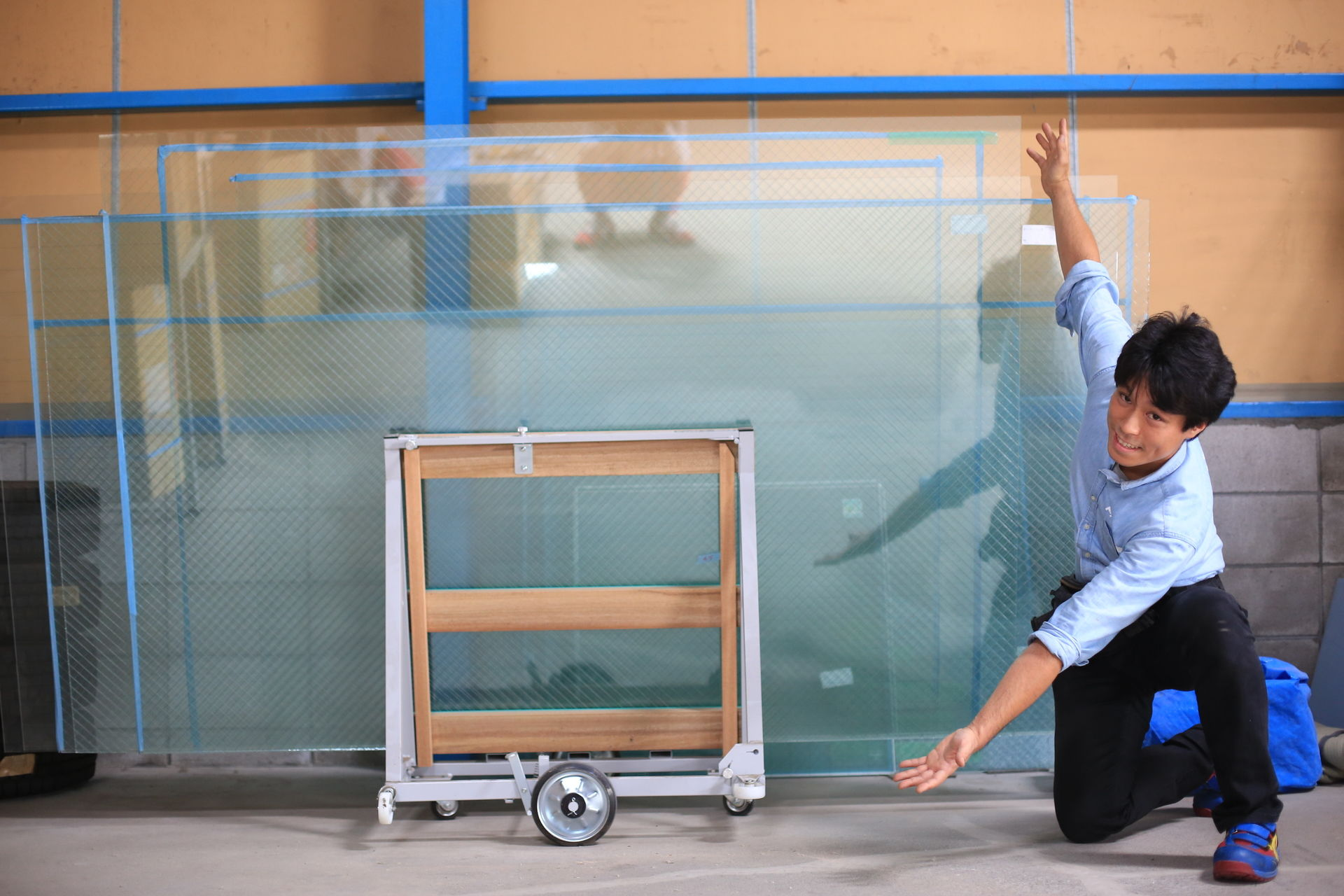 ガラスのトラブル救急車【さいたま市浦和区 出張エリア】の店内・外観画像2