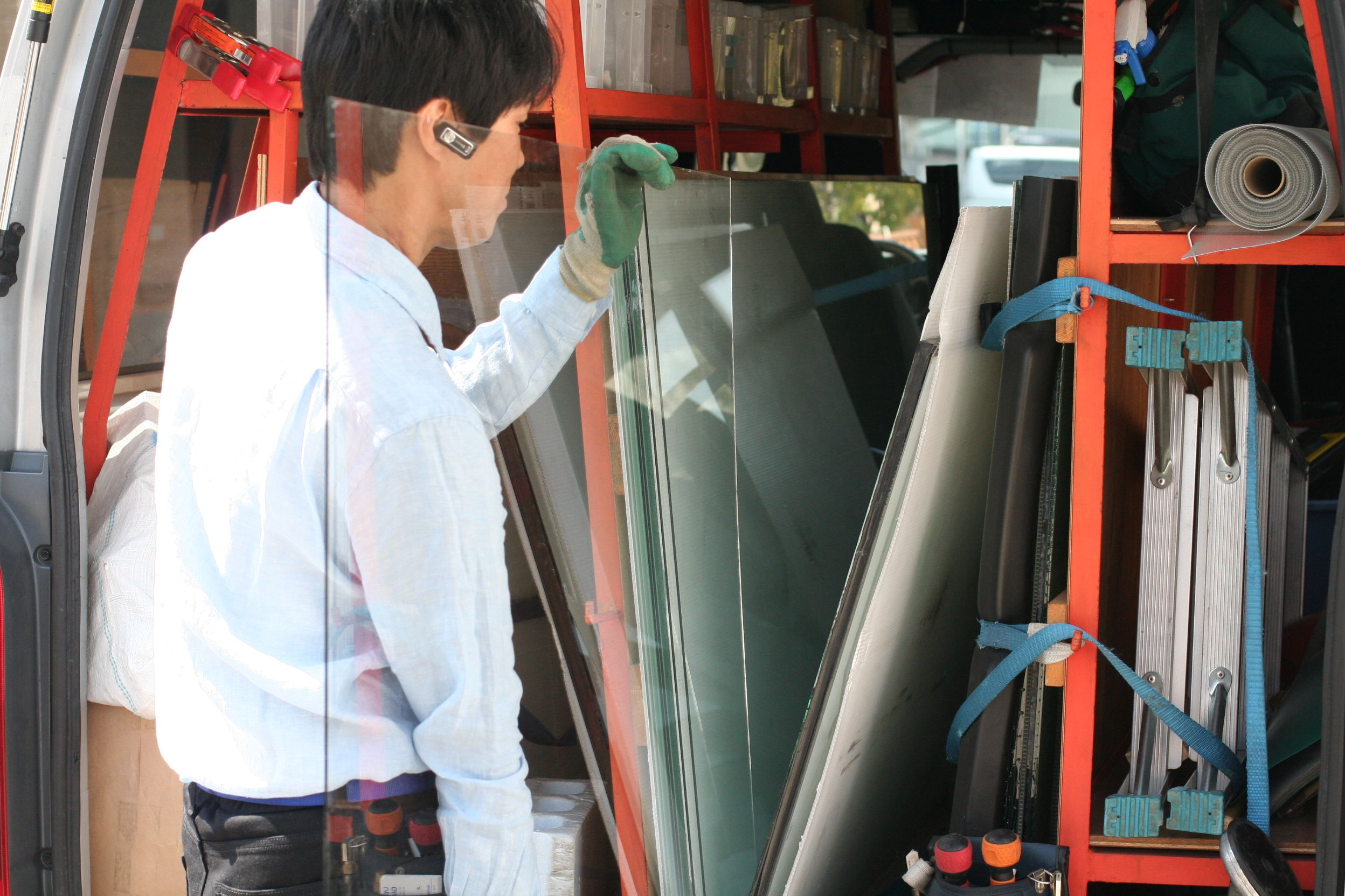 ガラスのトラブル救急車【藤枝市 出張エリア】の店内・外観画像1
